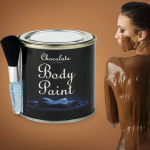 choklad kroppsmålning